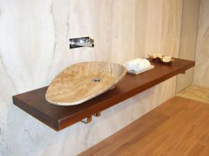 Waschtisch: Material: Maron Corteccia Oberfläche: gebürstet